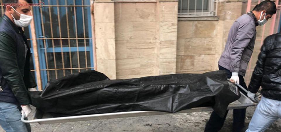 Van'da donarak can vermiş 3 erkek cesedi bulundu