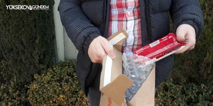 İnternetten telefon sipariş verdi, kargodan bisküvi çıktı