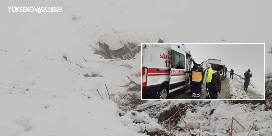 Van-Hakkari karayolunda kaza: 2 yaralı