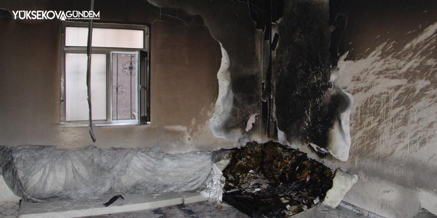 Yüksekova'da yangın maddi hasara neden oldu