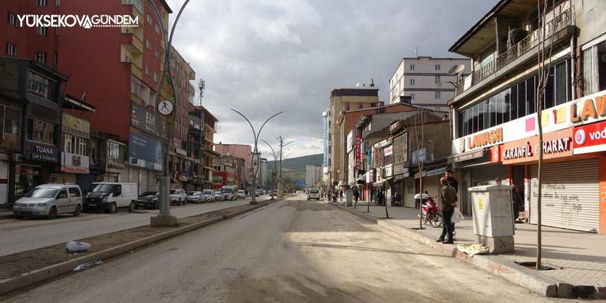 Yüksekova'da korona virüs kısıtlaması devam ediyor