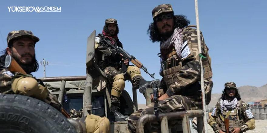 Kabil'deki Pakistan karşıtı gösteriye Taliban ateş açtı