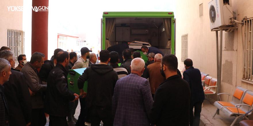 Hakkari'de ölen 2 işçinin cenazesi memleketlerine gönderildi