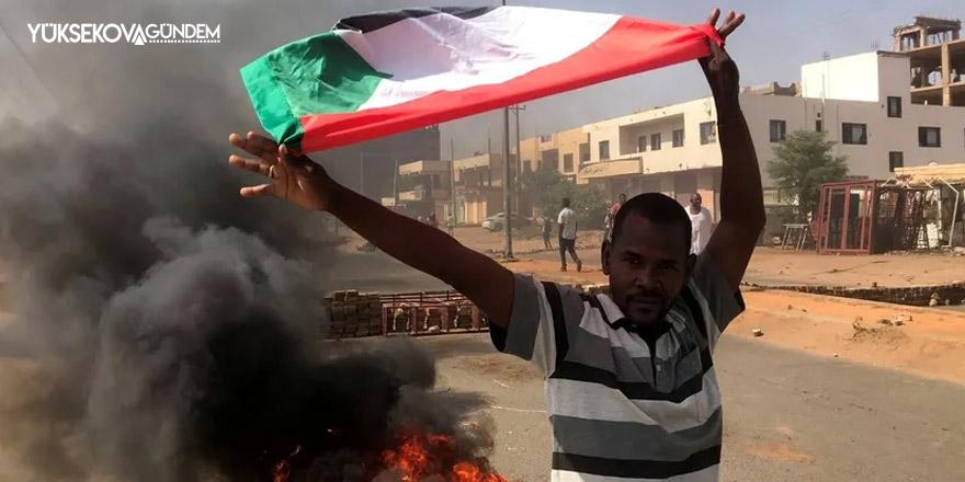 Sudan'da darbe karşıtı gösteriler sürüyor: 'Askeri yönetime hayır'