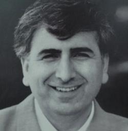 ... isimlerinden biri olan ve Kürt dilini dünyaya tanıtan <b>Mehmet Uzun</b>, ... - 8674