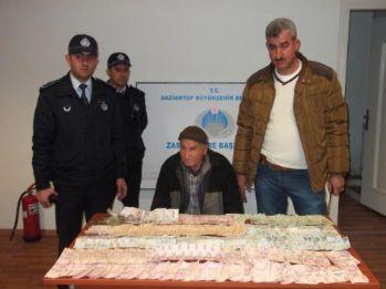 Dilencinin çorabından 11 bin 721 lira çıktı