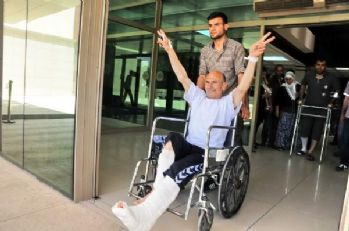 Diyarbakır'daki patlamada yaralananlar sandık başında