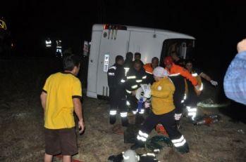 Trafik kazası: 1 ölü, 38 yaralı