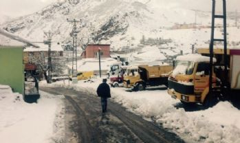 29 köy yolu ulaşıma kar nedeniyle kapandı