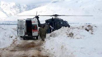 Doğum sancıları tutan hasta Helikopterle hastaneye ulaştırıldı