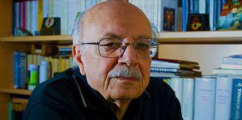 Yazar ve çevirmen Tahsin Yücel 83 yaşında hayatını kaybetti