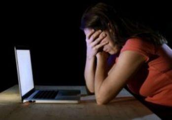Sosyal medyada sahte hesaplar 'suç sayılacak'
