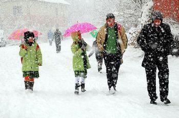 Kar nedeni ile okullar 1 gün süreyle tatil edildi