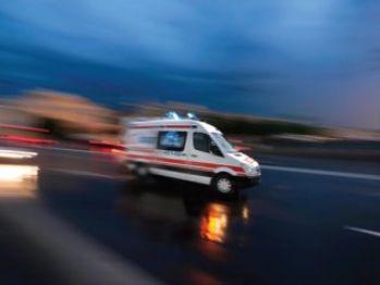 İşçileri taşıyan servis midibüsleri çarpıştı: 22 yaralı