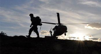 Askeri araç kaza yaptı: 12 yaralı