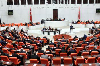 Anayasa değişikliği teklifinin 9, 10 ve 11'inci maddeleri de kabul edildi