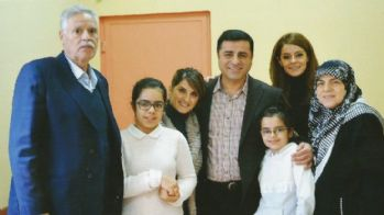 Demirtaş'a aile ziyareti