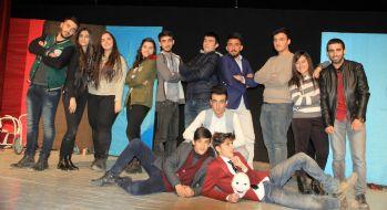 Grup Mizah'tan tiyatro oyunu