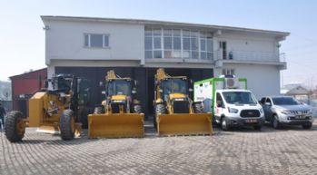 Yüksekova Belediyesi'ne yeni araçlar