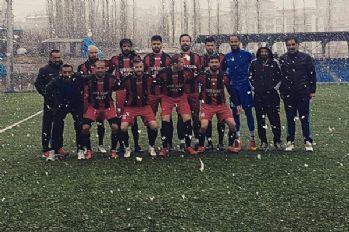 Yüksekova Belediyespor Şampiyonluğa bir adım daha yaklaştı