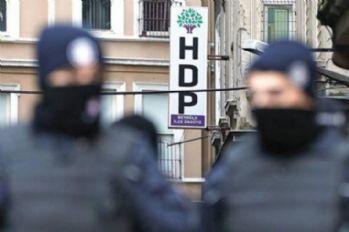 HDP il eş başkanları tutuklandı