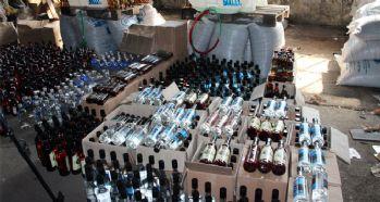 Sahte içki satarak iki kişinin ölümüne neden olan zanlı tutuklandı