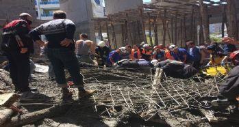 Cami inşaatı çöktü: 3 ölü
