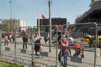 Taksim Meydanı bariyerlerle kapatıldı