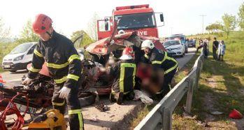 Kamyonet dehşet saçtı: 2 ölü, 3 yaralı
