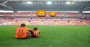 Podolski, Türk Telekom Stadyumu'na veda etti