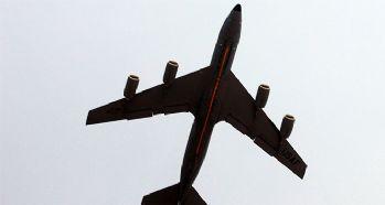 Myanmar'da askeri uçak kayboldu