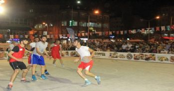 Hakkari'de Streetball 3x3 Basketbol turnuvası sona erdi