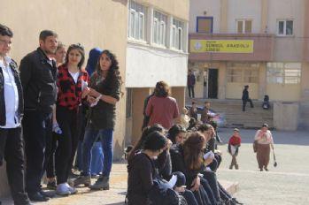 Hakkari'de 2 bin kişi LYS sınavına girdi