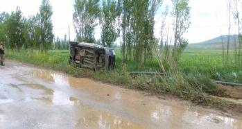 Sivas - Gemerek'te trafik kazası: 3 yaralı