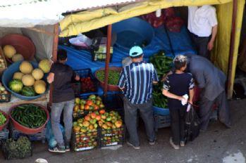 Yüksekova'da yerli ürünler tezgâhlarda ki yerini aldı