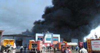 Denizli'de kimyasal atık fabrikasında yangın