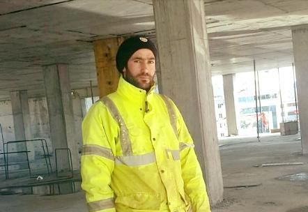 Yüksekovalı işçi Asansör boşluğuna düşerek hayatını kaybetti
