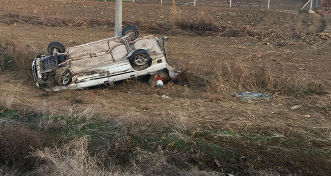 Otomobil 100 metre takla attı, burnu bile kanamadı