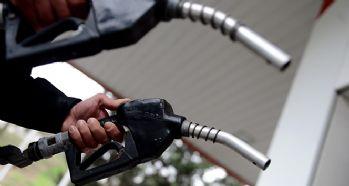 Benzin, motorin ve gazyağına zam yapıldı