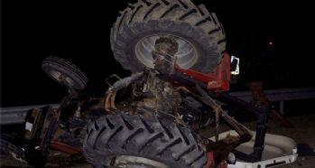 Yolcu otobüsü ile traktör çarpıştı : 4 yaralı