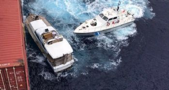 Sicilya açıklarında 77 göçmeni kurtarıldı