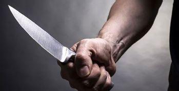 'İş bul' diyen annesini 40 yerinden bıçakladı