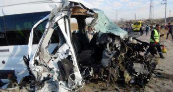 Feci kaza: 10'u öğrenci 15 yaralı
