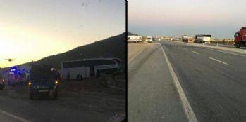 Tur otobüsü ile tır çarpıştı: 20'den fazla yaralı var
