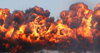 Bomba yüklü araçla intihar saldırısı