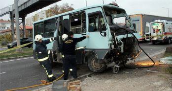 Yolcu minibüsü kaza yaptı: 1 ölü, 2 yaralı