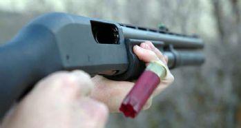 Üzerindeki silahın ateşlenmesi ile yaralandı iddiası