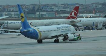 Havalimanı'nda bomba alarmı