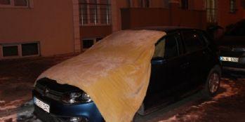 Araçları battaniyelere sardılar