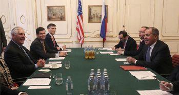 Tillerson ve Lavrov Viyana'da bir araya geldi